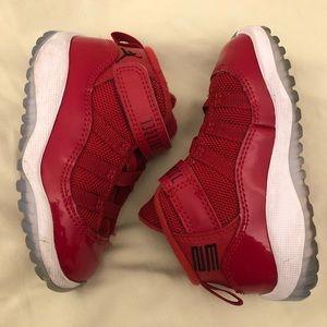 Jordan Shoes - Jordan's (Toddler) size 6